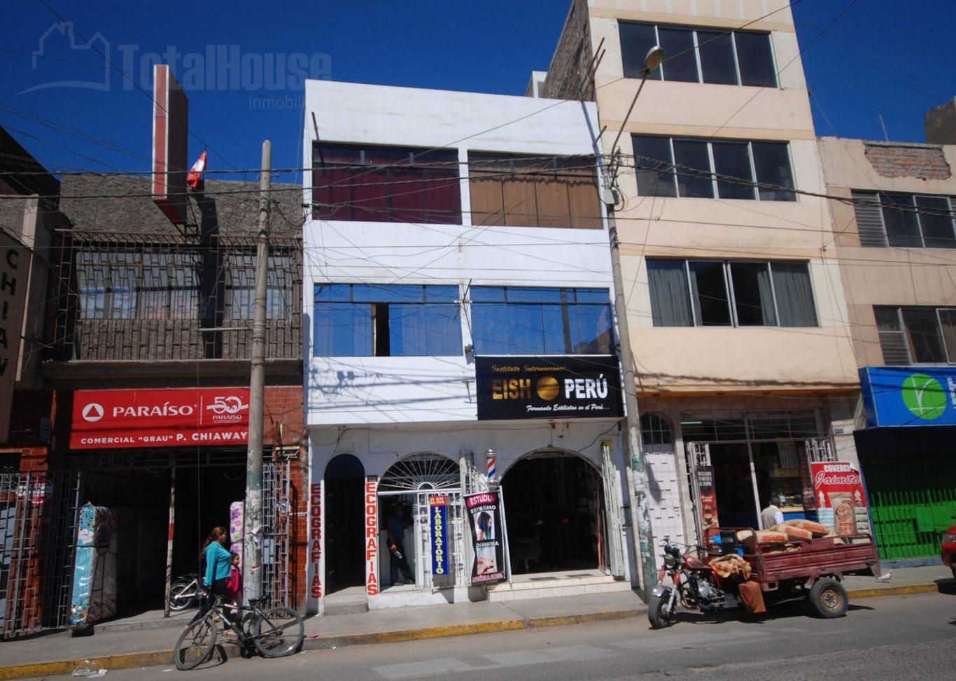 Local Comercial en Avenida Grau